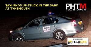 TAXI ENDS UP STUCK IN THE SAND AT TYNEMOUTH