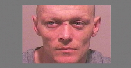 FIVE YEARS JAIL FOR ROBBER WHO THREATENED TO SLASH UP CABBIE IN SUNDERLAND